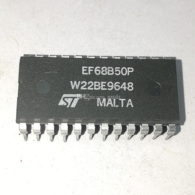 EF68B50P. MC68B50P. MC68B50CP / SERIAL COMM CONTROLLER Circuiti integrati IC, PDIP24 / dual in-line 24 pin di plastica dip