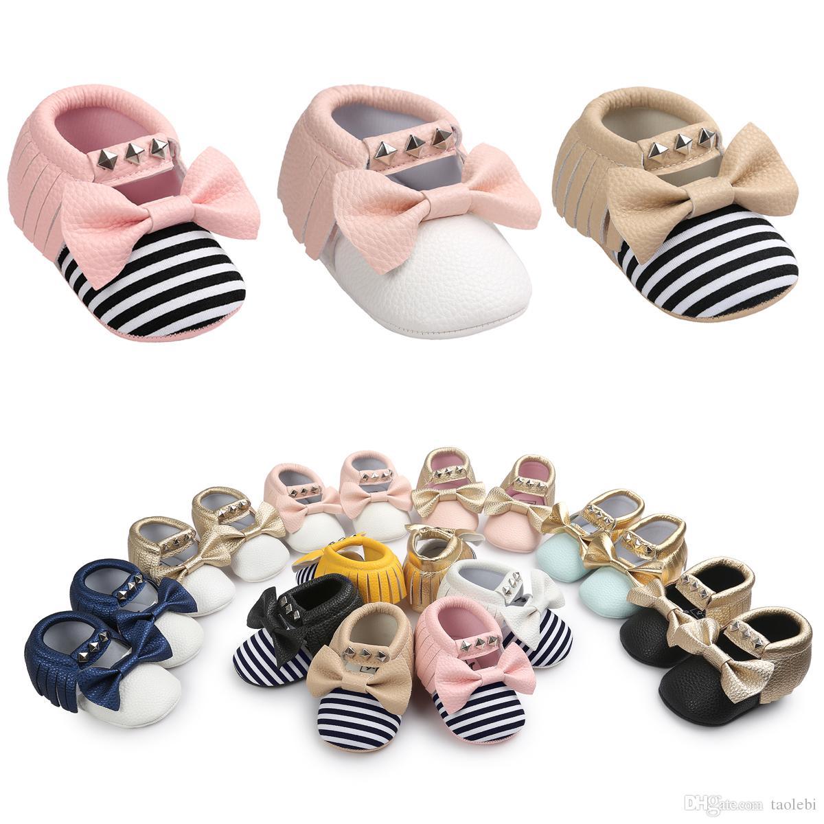 2017最新のスタイルベビーソフトタッセルモカシンズガールズモッコベビーブーティーシューズちょう結びデザインベビーモック幼児の靴