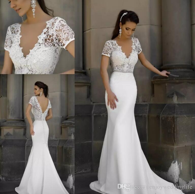 2017 Elegant Mermaid Wedding Dresses Short Sleeves V Neck Lace Bridal Gowns  Sexy Backless Summer Beach Wedding Gowns Vestido De Noiva Bridal Wear