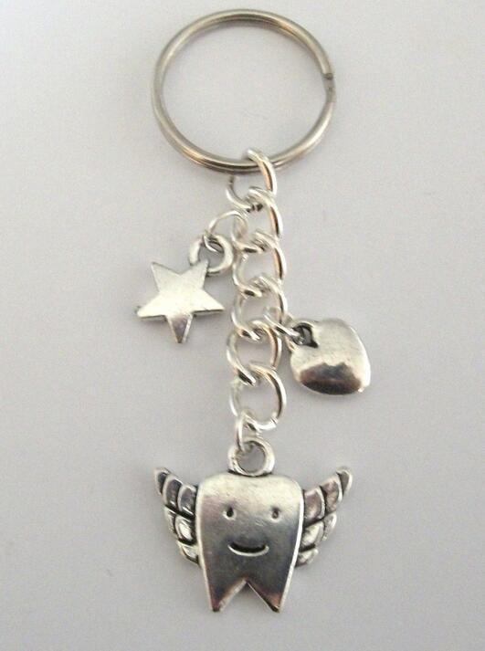 Diş Peri Yıldız Kalp Charm Anahtarlıklar Hediye Kaplama Gümüş Kolye 25mm Anahtar Yüzükler Charms Metal Anahtarlık Moda Takı 20 Adet