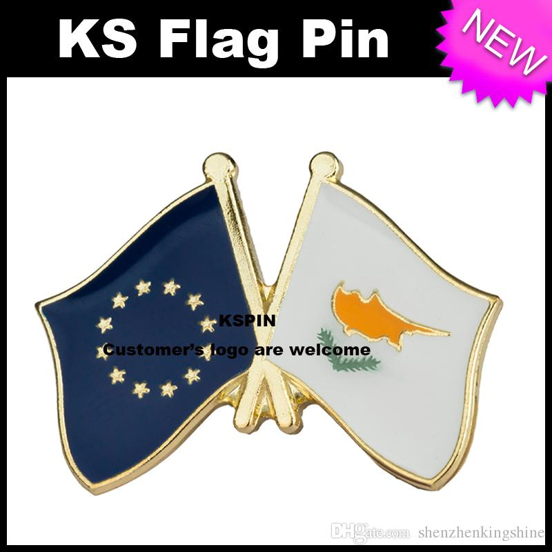 Distintivo 10pcs della bandiera del distintivo della bandiera di Cipro dell'Unione Europea molto XY0077 libero