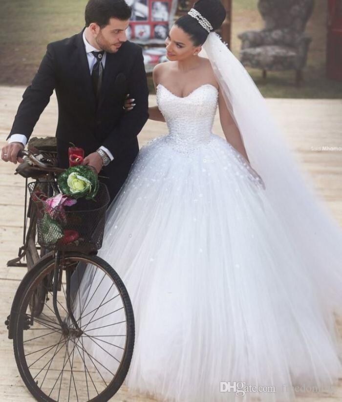 Modest Sweetheart Ball Gown Abiti da sposa Abiti da sposa perle in rilievo in rilievo Arabo Vintage Abiti da sposa Abito da sposa su misura