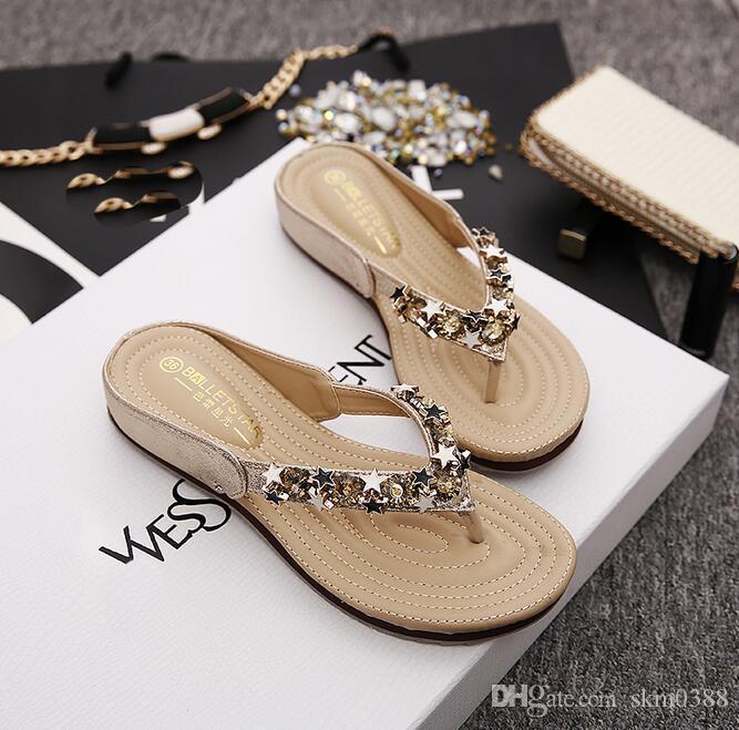 Yeni moda terlik sandalet yaz plaj kadın tutam düz giymek ile tüm maç kaymaz terlik ayakkabı boyutu ABD 4-ABD 9.5