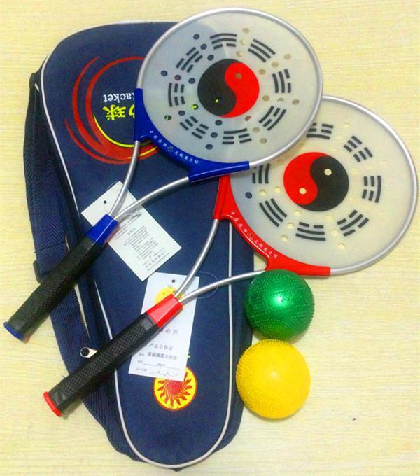 8balls + 4 ракетки + 2 сумки тренировки китайский Kongfu Taichi ракетка набор кунг-фу фитнес тайцзи рули мощность мяч бодибилдинг Оптовая