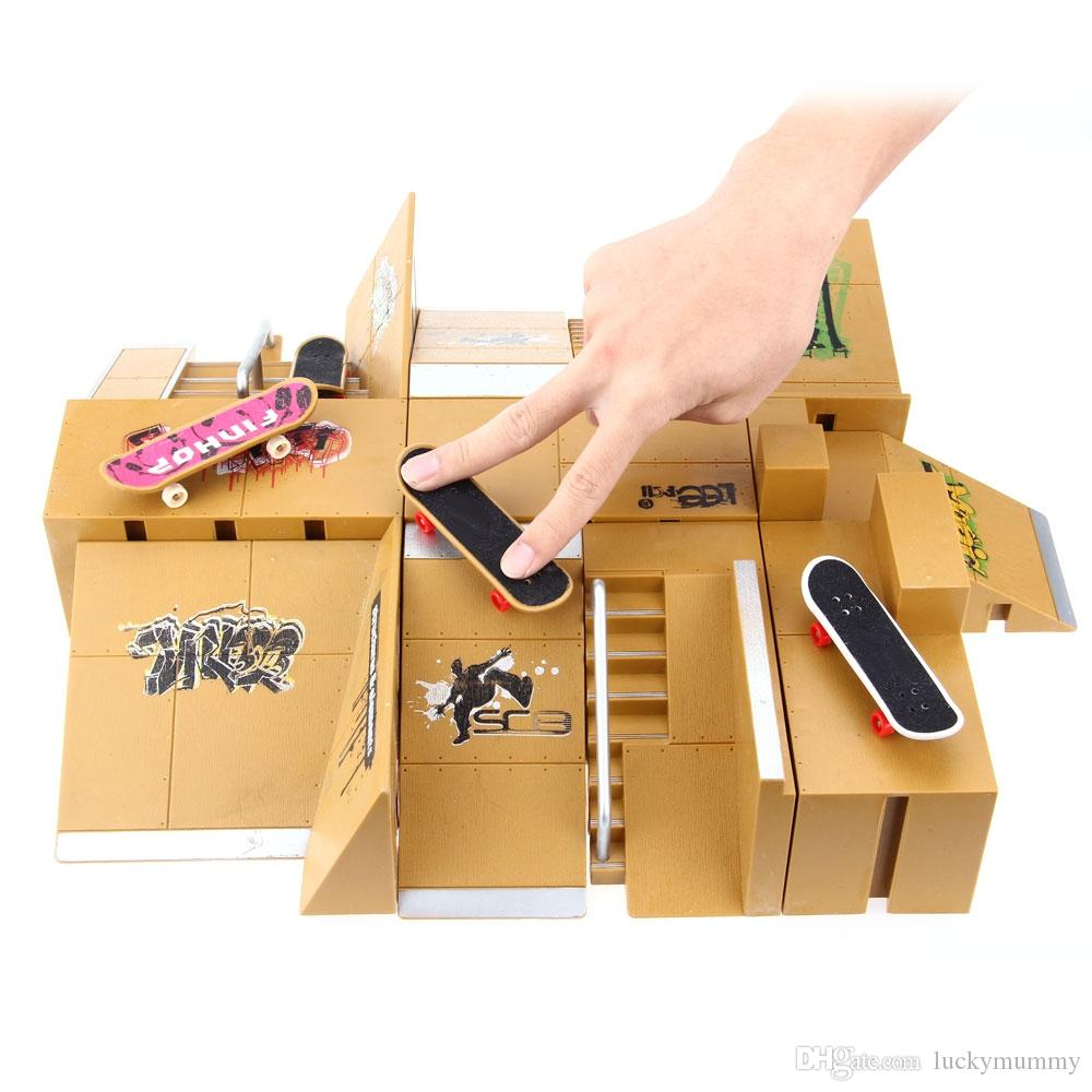 Finger Skateboards Game Toy 11pcs Skate Park Kit Kids Toys Ramp Parts for Tech Deck Finger Board Ultimate Sport Training Props +NB