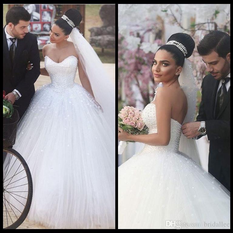 Robe De Bal Romantique Blanc Tulle Avec Des Perles Robes De Mariée 2017 Marque Sweetheart Cou Manches À Lacets Robes De Mariée