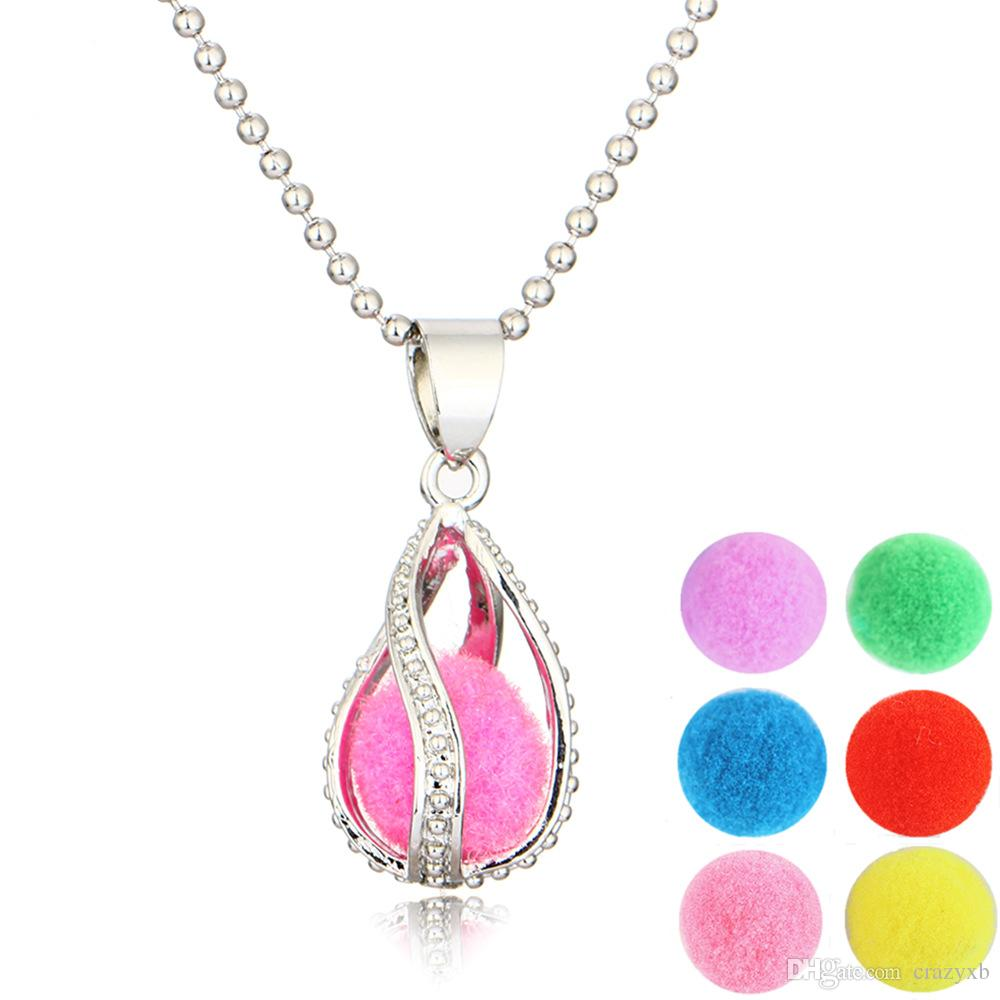 Locket Pendant Necklace Censer Aromatherapy Essential Oil Diffuser Necklace Locket Pendant Necklaces Locket Send chain and Oils Pads as G