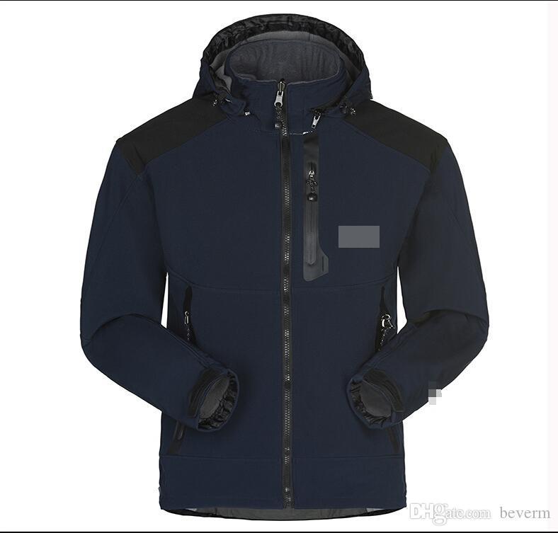Wholesale-Men Waterproof Breathable Softshell Jacket Men Outdoors Sports Coats women Ski Hiking Windproof Winter Outwear Soft Shell jacket