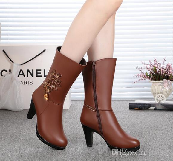 Women Boots Genuine Leather Chunky Casual Shoes Chain Pumps Slip on Leather Luxurious Brand Thigh Boosts for Casual Boots Ankle Boots