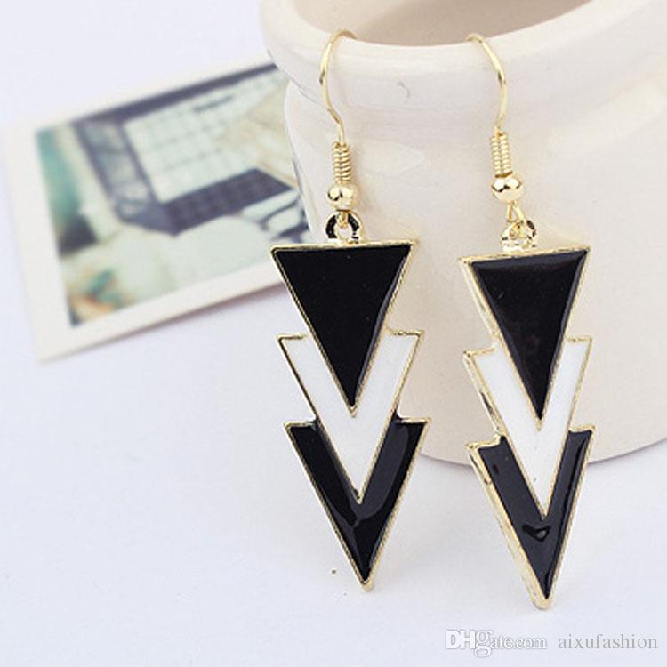 Women Charm Earrings Exaggerated Elegance Ear Jewelry Hot Sale Black and White Fashion Drops of Oil Geometric Models Earrings 2017