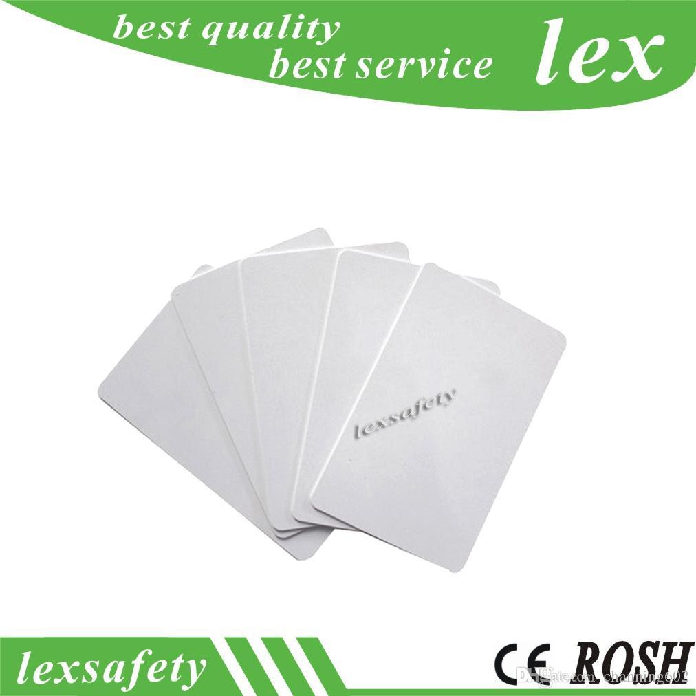 Prix usine imprimé 100 pcs / lot F08 13.56MHZ 1K blanc PVC Smart Card Mf1 blanc RFID cartes plastiques avec ISO14443A