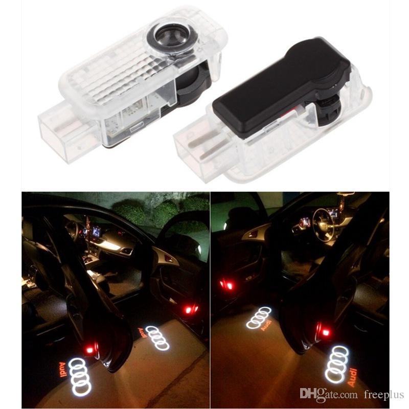 2pcs / set Araba LED Kapı Işık Lazer Gölge En AUDI Q3 Q5 Q7 A3 A4L A6L A7 İçin Projektör Logo açtı Welcome