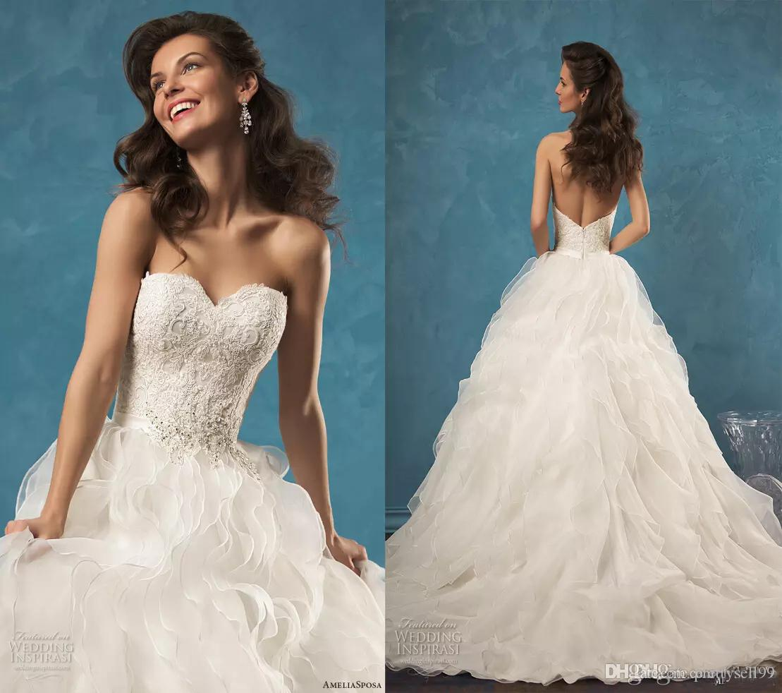 Amelia Sposa Lace Ball Gown Wedding Dresses 2020 Sweetheart Strapless Court Train Tulle Wedding Bridal Gowns