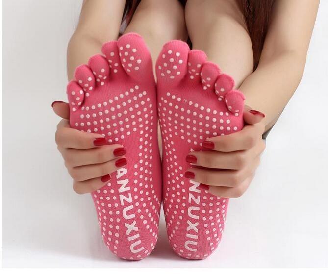 2017 mujeres del algodón calcetines calcetines de las señoras profesionales de Yoga antideslizante 5 calcetines del dedo del pie de algodón 5 pies danza de la yoga calcetín