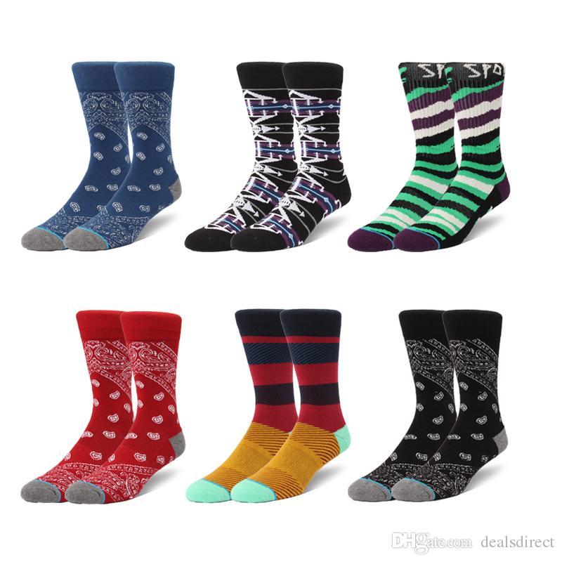 50% off great fit size 40 2019 Hot Sale Streetwear Men Long Socks Fashion Stockings Knee High Cotton  Basketball Sports Socks Towel Striped Socks From Dealsdirect, $1.81 | ...