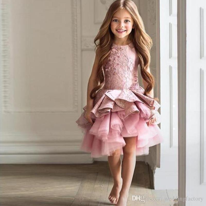Country Style Vintage Flowergirl Dresses Jewel Neck Sleeveless Ruffles Lace Tulle Asymmetrical Flower Girl Dresses for Wedding