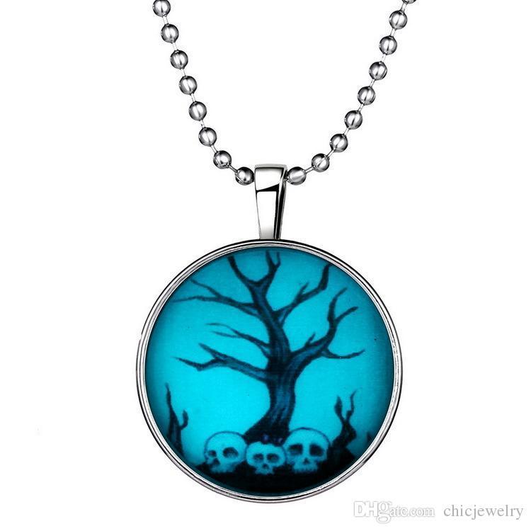 Halloween arbre de crâne château fantôme papillon noël lueur dans l'obscurité pendentif colliers chaînes d'acier qui brille gemme temps déclaration lumineuse