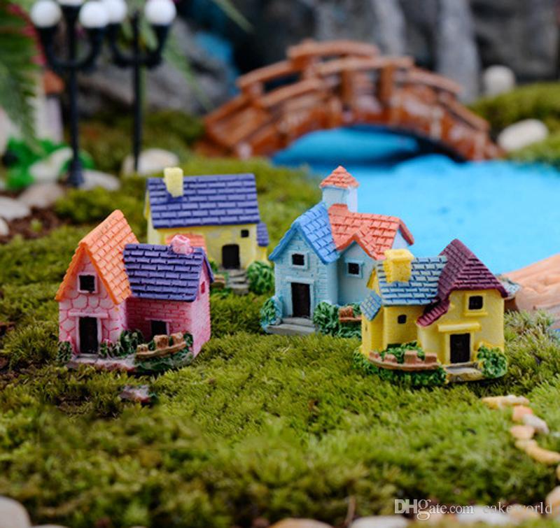 4pcs Miniature Village Villa Fata gnomi da giardino Casa Europa mestiere in resina Figurine ornamenti Dollhouse bonasi arredamento