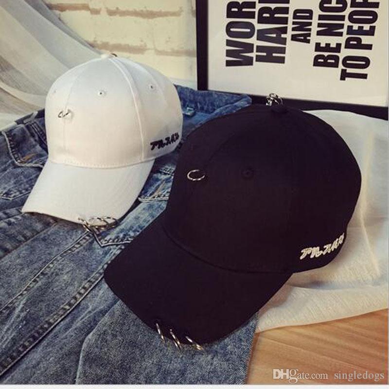 熱い新しい男性の野球帽の夏のユニセックスクールスポーツシェード帽子黒と白のニューヨークの女性男性カジュアルキャップ高品質