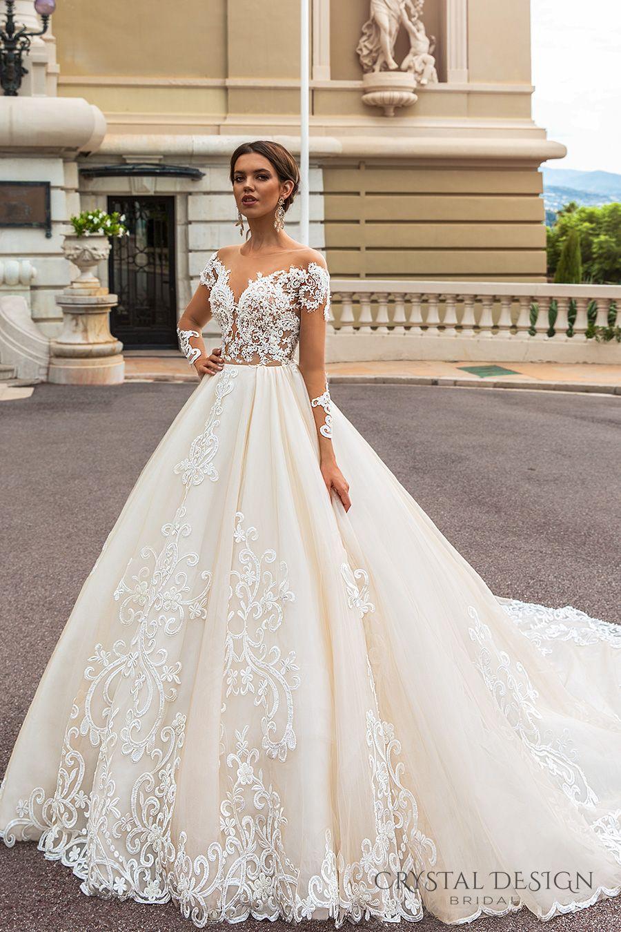 Großhandel Langärmlige Prinzessin Königliche Zug Brautkleider 13 Kristall  Design Braut Aus Der Schulter Tiefe Schatz Verschönert Mieder Von