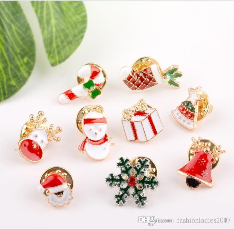 3 Stiller Yaratıcı Karikatür Noel Broşlar Sevimli Noel Baba Jingle Bells Çorap Çörek Şeker Emaye Pins Noel Ceket Rozetleri Broş B645