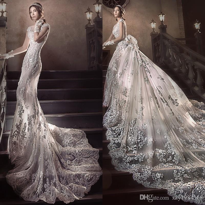 2.5 Meters Long Tail Wedding Dress Gorgeous Fashion Detachable Train Beach Wedding Dress Luxury Crystal Beaded Applique Mermaid Wedding Gown