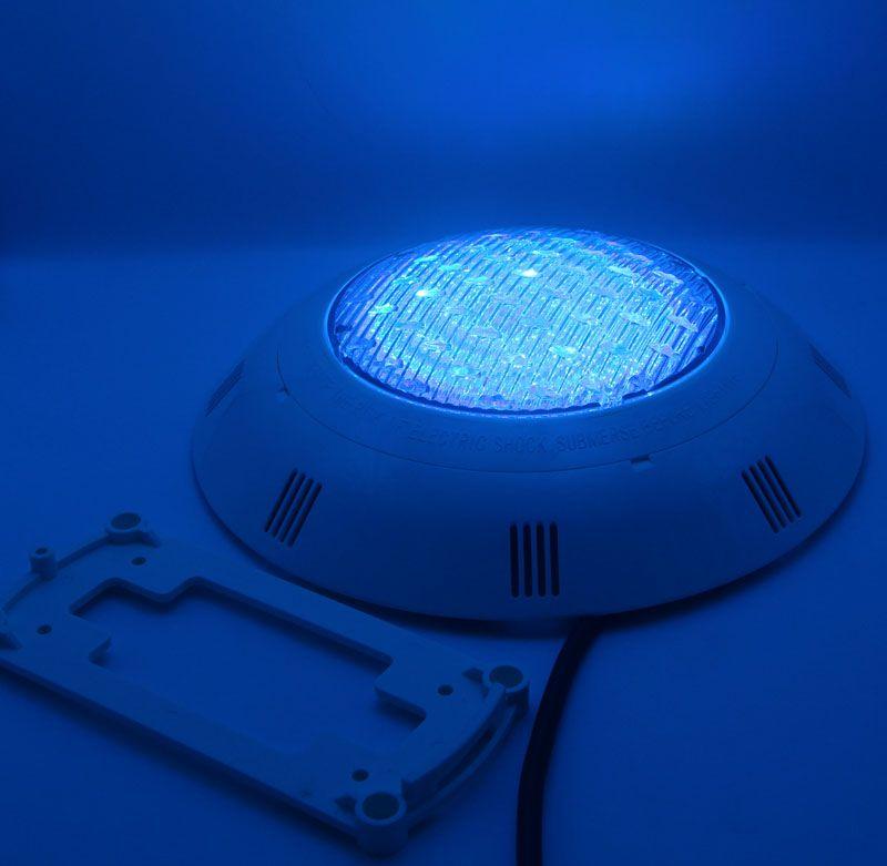 Lampada da parete a LED per piscina 12V Lampada subacquea da 24W RGB sincrona con telecomando