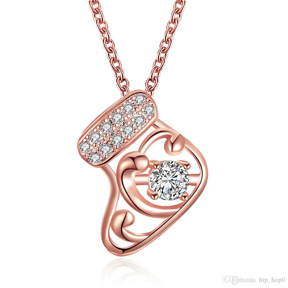 New Fashion Christmas Boots Necklace Ice Skate Pendants Charm Women CZ Zircon Necklace Rose Gold Color Jewelry Christmas Socks Girl Gift
