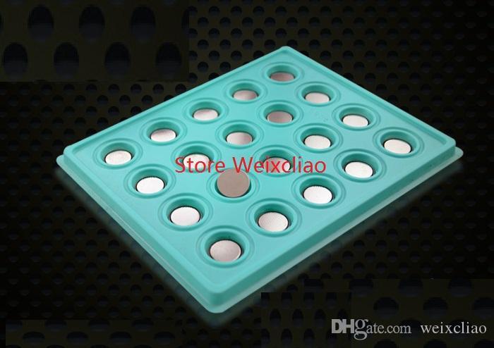 200 pz 1 lotto Li 3V Batterie Spedizione Batterie a bottone al litio Batteria Croppo CR Confezione CR1620 Volt Li-ion Coin Ion Tray 1620 Gratuito 3 OFWLH