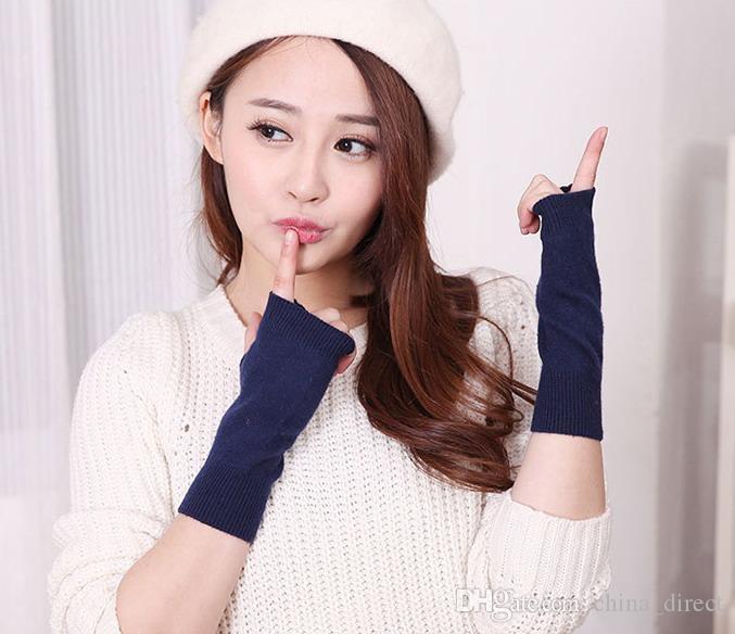 2017 feste Frauen Mädchen fingerlose Wolle Polyester Mischung Handschuhe Herbst Winter 24pairs / lot # 4044