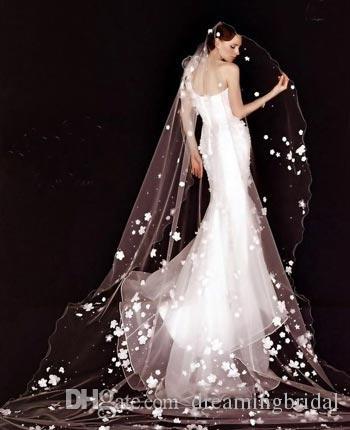 Kundenspezifisch nach Kundenwunsch wollen Kunden Kleidung. Einschließlich Blumen, Brautjungfernkleid usw. erhöhen Sie das si