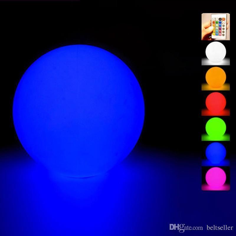 Nuova acqua galleggiante impermeabile LED palla colorata cambiata Ricaricabile palla led 20cm 30cm 40 cm colore RGB per la casa giardino piscina decorazione