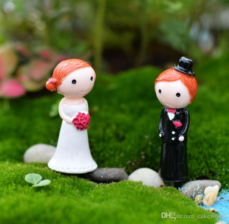 4pcs wedding couple Festive ornaments resin craft fairy garden miniatures micro landscape Terrarium Jardin Decoration