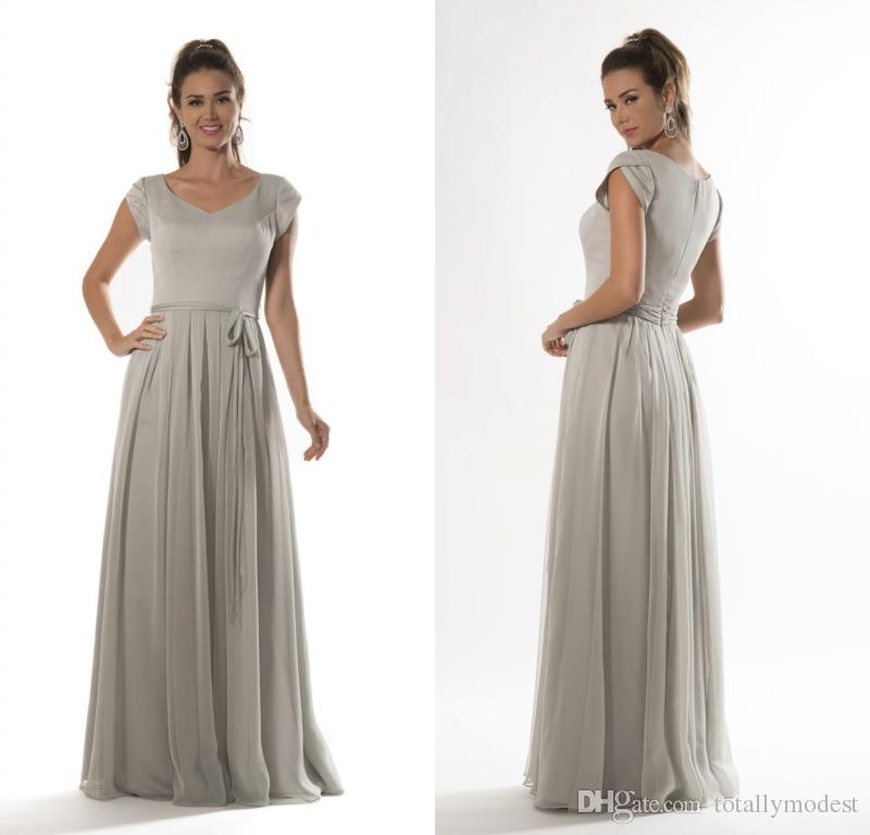 Silver Grey Long Modest Bridesmaid Dresses With Petal Sleeves A-line Floor Length Beach Country Chiffon Wedding Party Dress