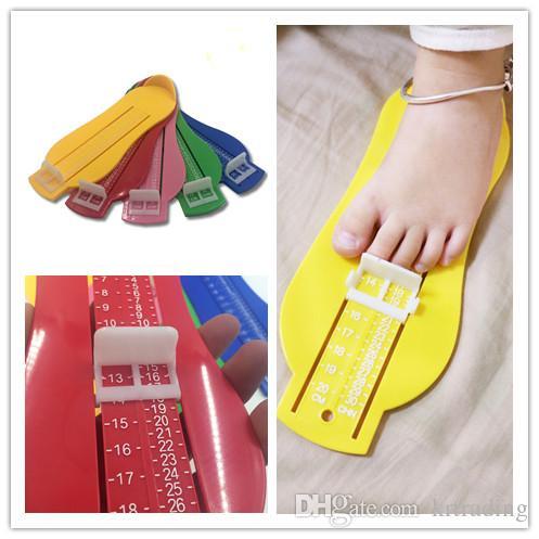 New Kids Foot Measurement Bébé Nourrissons Enfants Jauge De Pied 6-20cm mélanger les couleurs pour 0-10T