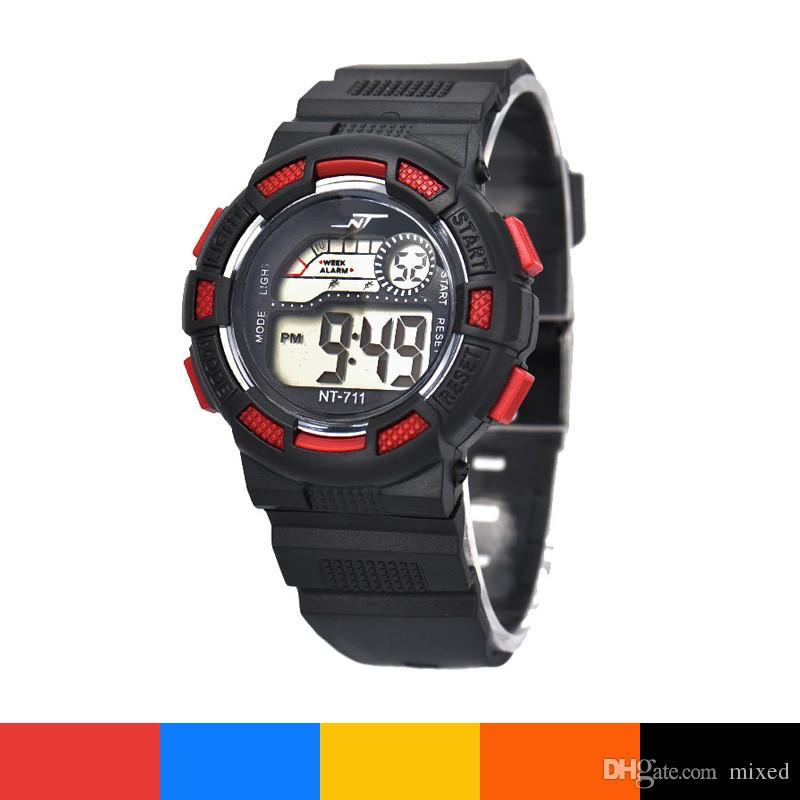 NT-711 Повседневный дизайн Водонепроницаемый Детский мальчик Цифровой светодиодный кварцевый будильник Дата Спортивные наручные часы