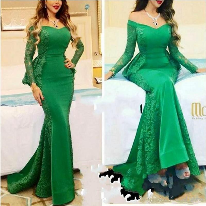 Mangas largas de color verde esmeralda Vestidos de noche 2017 Myriam Fares Sirena Encaje Satén Vestidos de fiesta largos Hombro Celebrity Vestido de alfombra roja