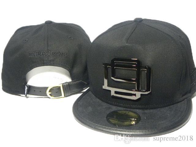 65bb3e0d760 Adjustable 2017 Fashion Black Superman Gold Brim Cartoon Snapback Hats  Baseball Caps Bboy Hip Hop Hats For Men Women Snap Backs Caps Newsboy Cap  Trucker Hat ...