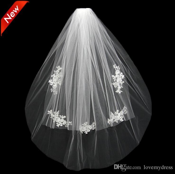2021 Kısa Düğün Gelin Peçe Custom Made Dantel Beyaz Fildişi İki Katmanlar Tül Tarak Vail Aksesuarları Şapka Peçe Gelin Veils Aplike