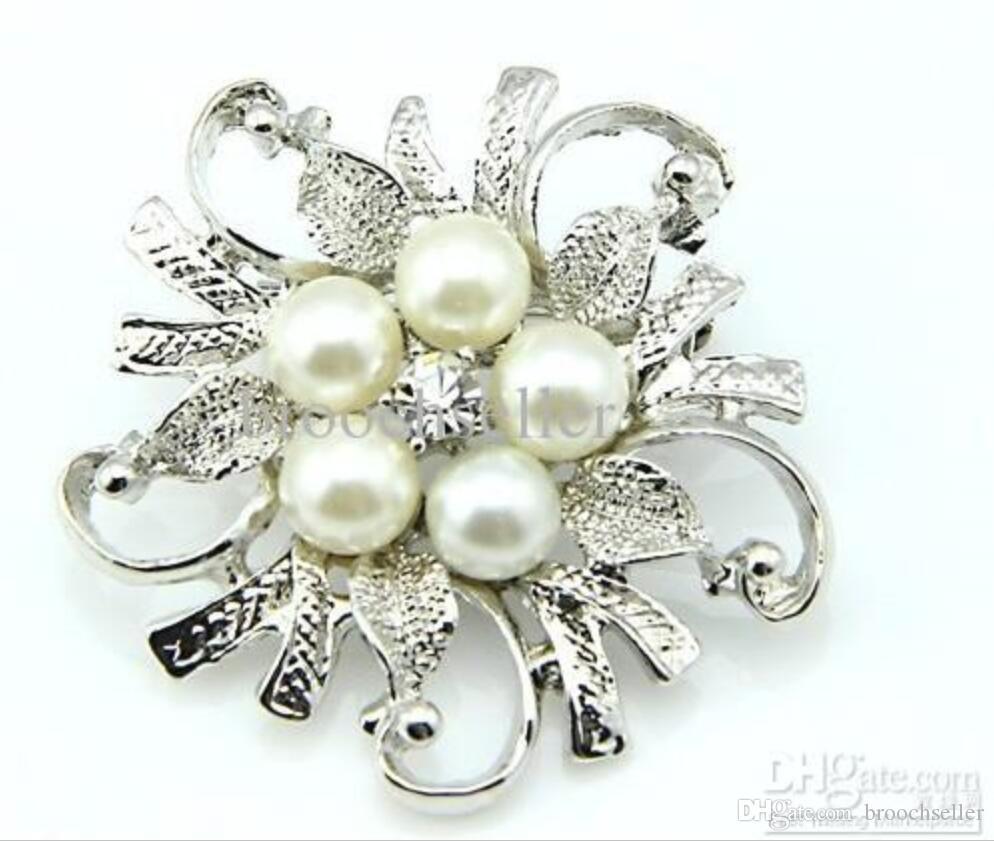 Rhodium Silver Plated Clear Rhinestone Crystal Pretty Flower Brooch Party