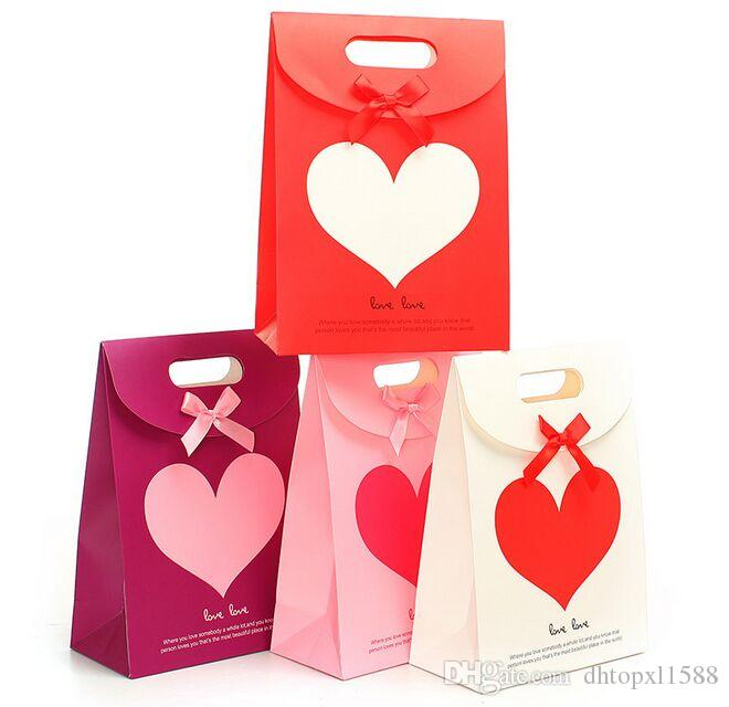 New Love Heart Adhesive Pack bag Merry Christmas paper bags small Christmas shopping gift bags Valentine's Day Gift Package