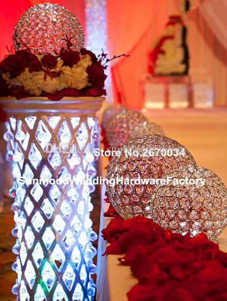 كرة بلورية فقط) شمعدان طويل من الكريستال للزفاف / شمعدان معدني مع محور زهور الزفاف للبيع