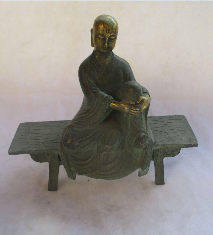 زينة عيد الميلاد للمنزل + الصينية القديمة البرونزية المذهبة الذهب منحوت تانغ سلالة بوذا تمثال / النحت العتيقة