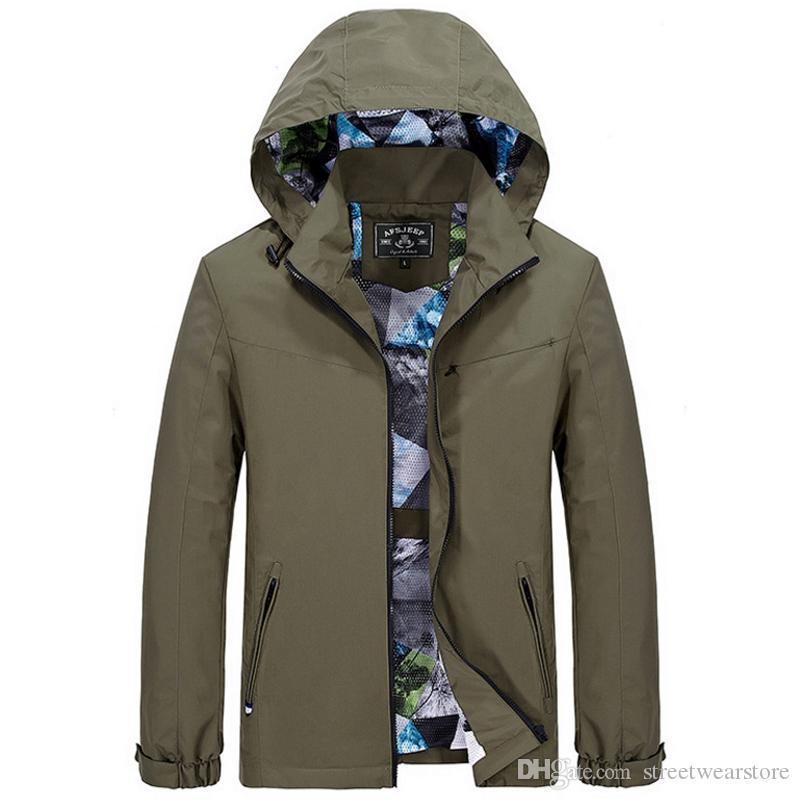 M-3XL Kapuzenoberbekleidung Jacken Männer militärische Windbreaker Bomberjacke Männer Hoodies Casual Fashion Armee grün 2017 Herbst
