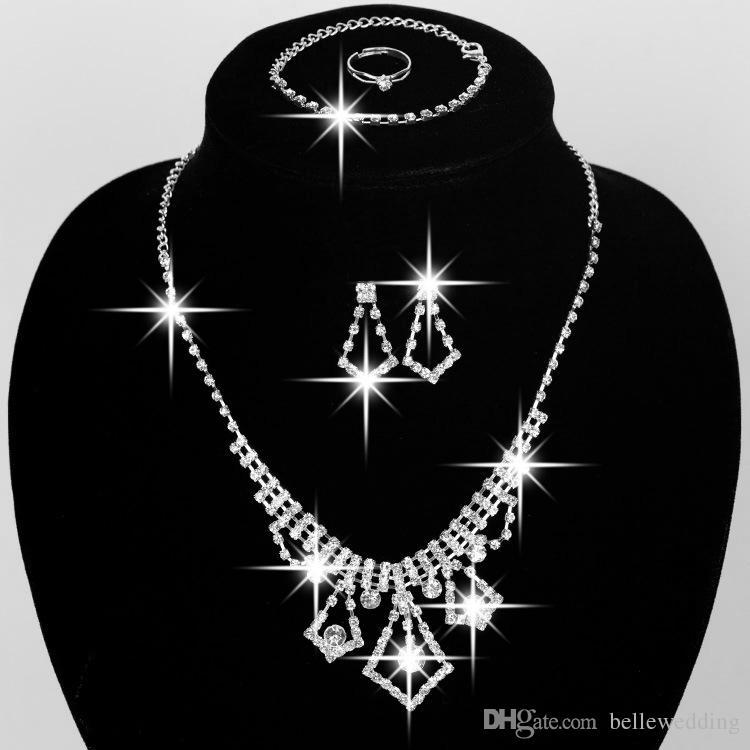 Juego de joyería nupcial de alta calidad Accesorios de boda Pendientes de collar Anillo de pulsera con rhinestone Bidal Fashion Jewelry Sets # BW-JS011
