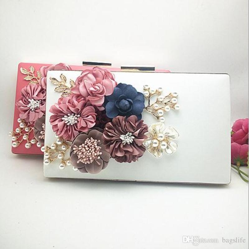 Sacchetto di sera del fiore della perla del fiore Handmade di lusso Frizione del giorno di modo delle donne che diserba partito piccola borsa nuziale della borsa con il Bolso della catena