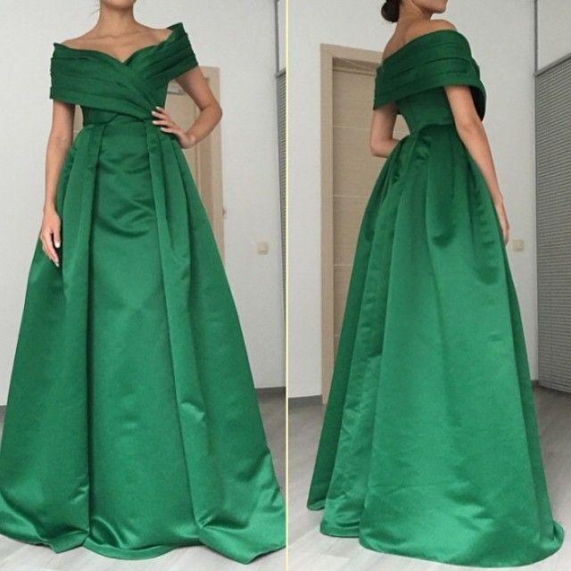 Charming Arab Green Satin Off the Shoulder Long Evening Dresses 2018