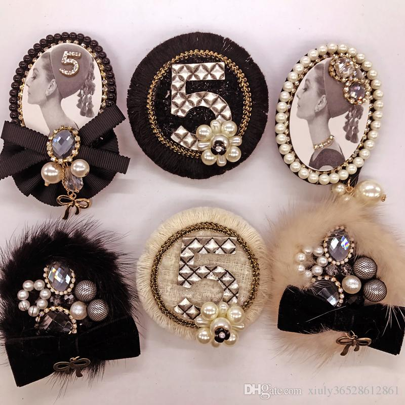 새로운 도착 한국 패션 럭셔리 진주 꽃 여성 양복 배지 브로치 / 브로치 / brosche / 도매 무료 5 커다란 검은 옷깃 핀