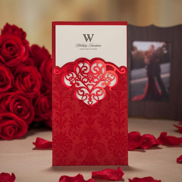 Wholesale- 개인화 된 좋은 품질 handwork 결혼식 안내장 카드 금에 봉투를 가진 카드를 자르십시오 빨강과 자주색, 50 PC / Lot