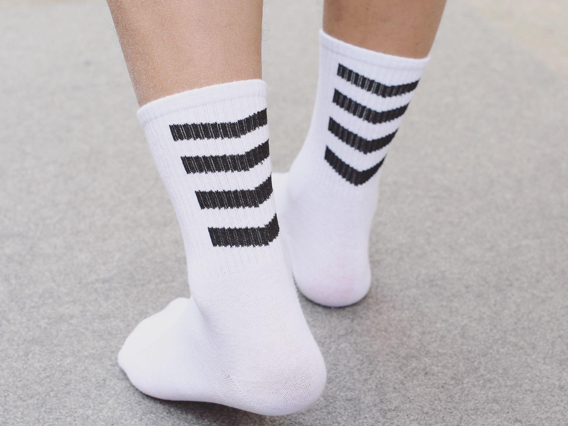 Femmes 3 Paire Baskets Chaussettes De Sport Running en coton blanc NEUF à rayures